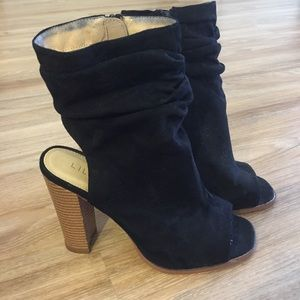 Lulus Open Toe Booties Heels 8.5